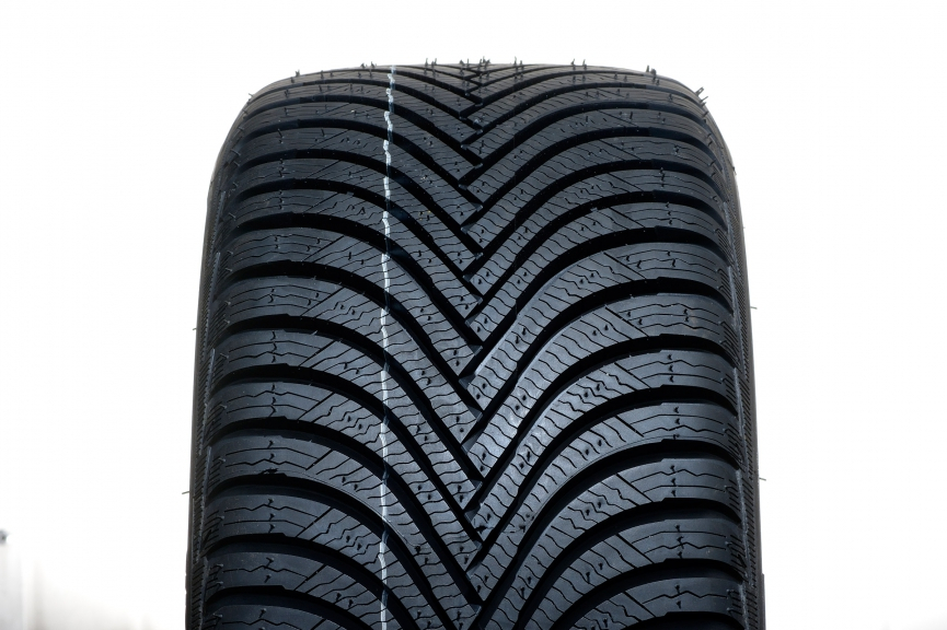 Michelin Alpin 5 225/45 R17
