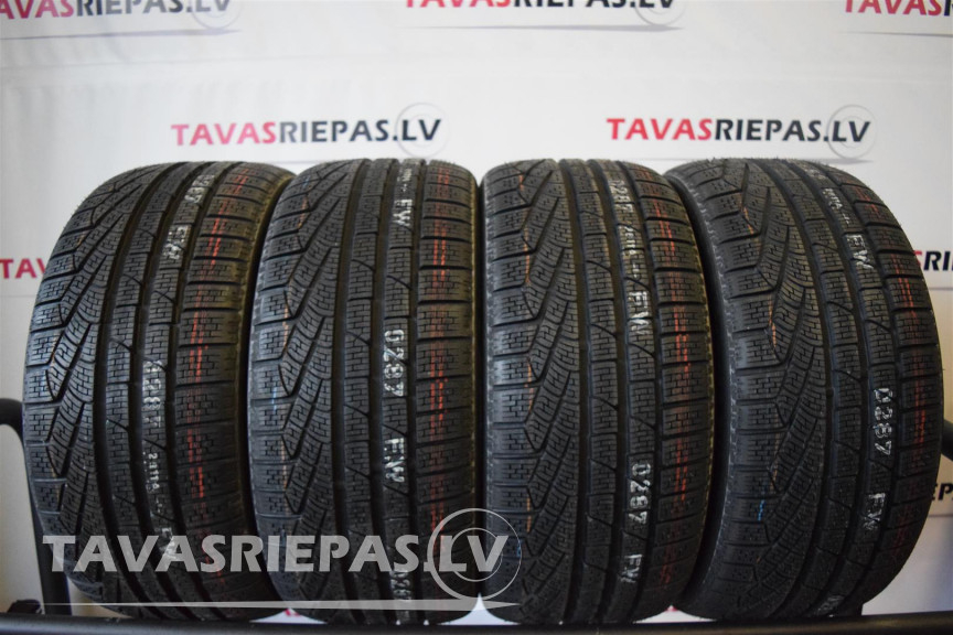 Pirelli Sotto Zero Winter 240 Serie 2 245/45 R18